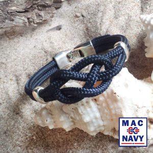 Pulsera náutica de driza azul marino con vitola de metal